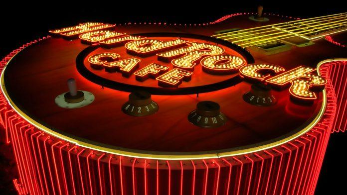 Casino Review, Hard Rock Cafe, Japan, Hamish Dodds,
