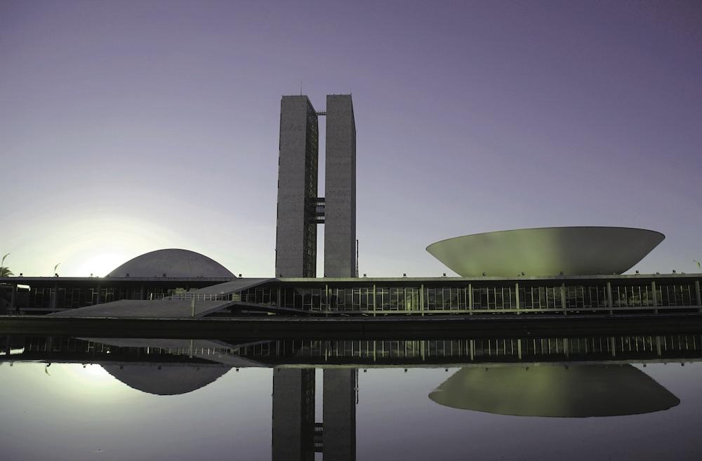 Major operators keep a close eye on Brazilian market despite political setbacks