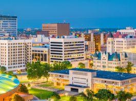 Wichita Greyhound Park, slot machines, Ruffin, business, kansas