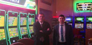 Apex Gaming Clover Link Sofia