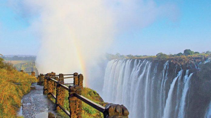 Smoke that Thinders Zambia